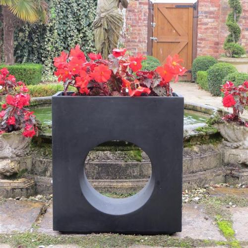 Uppingham Planter in Black