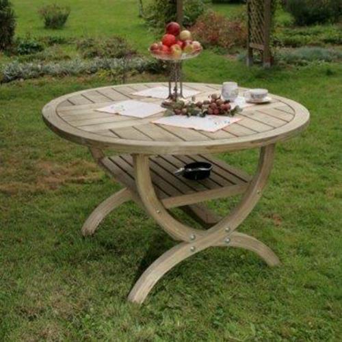 Nowy Targ Roma Garden Table