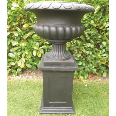 Barkestone Urn in Black - Small